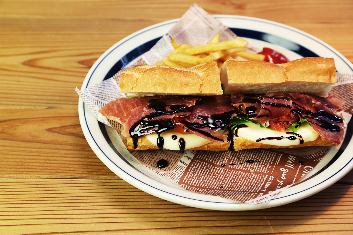 Prosciutto & Mozza-rella Cheese Sandwich